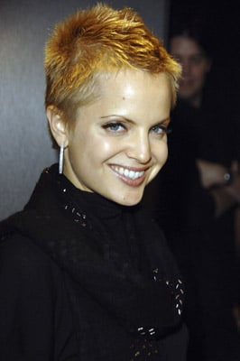 Love It or Hate It? Mena Suvari's Punky Color