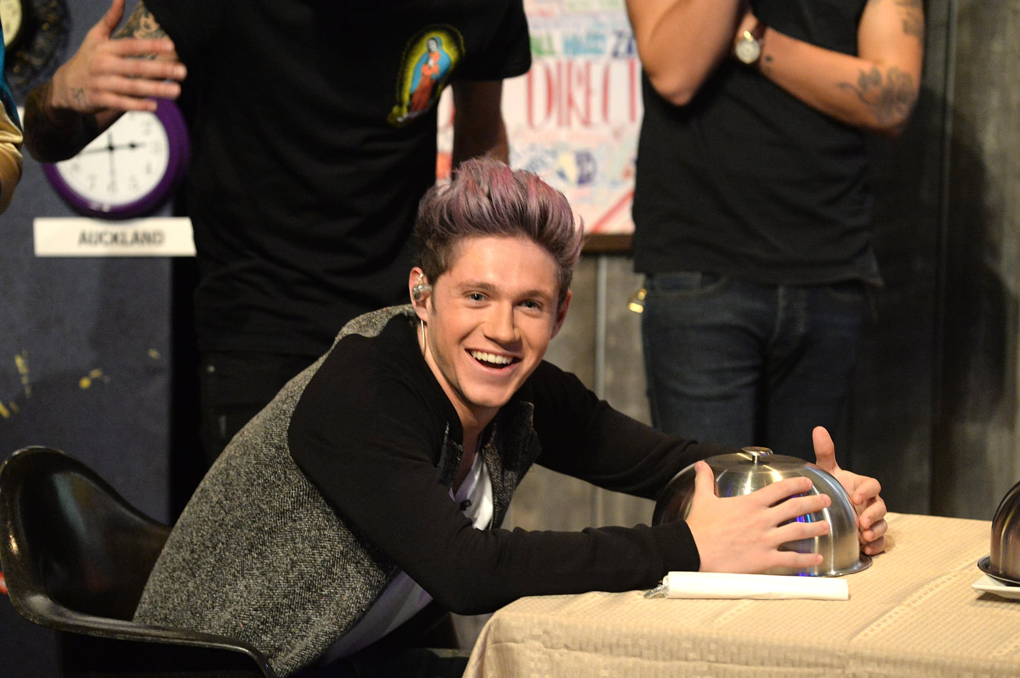 Harry Styles Natural Hair: Niall Horan With Brown Hair January 2017