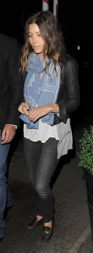 The actress grabbed dinner wearing a cool MiH scarf and loafers.