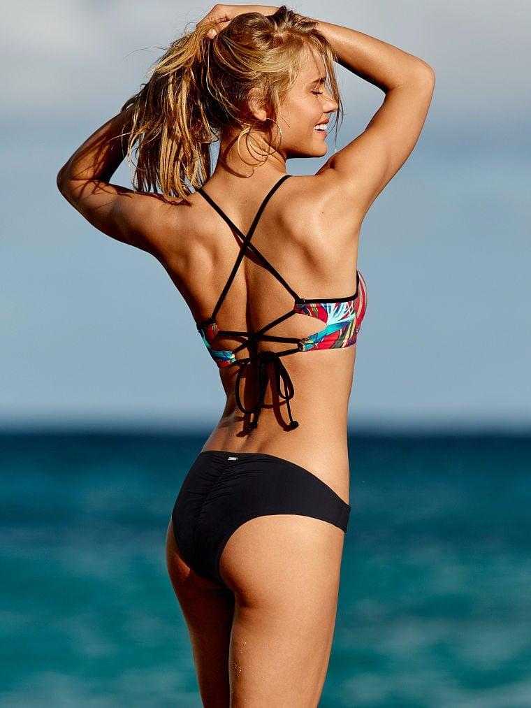 How to Shop For a Bikini