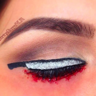 Knife Eye Makeup Halloween