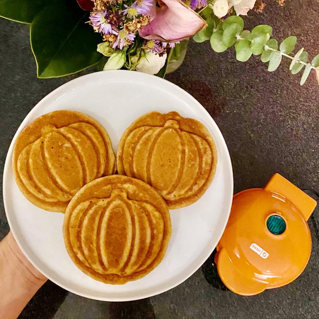 Dash Pumpkin Mini Waffle Maker Review