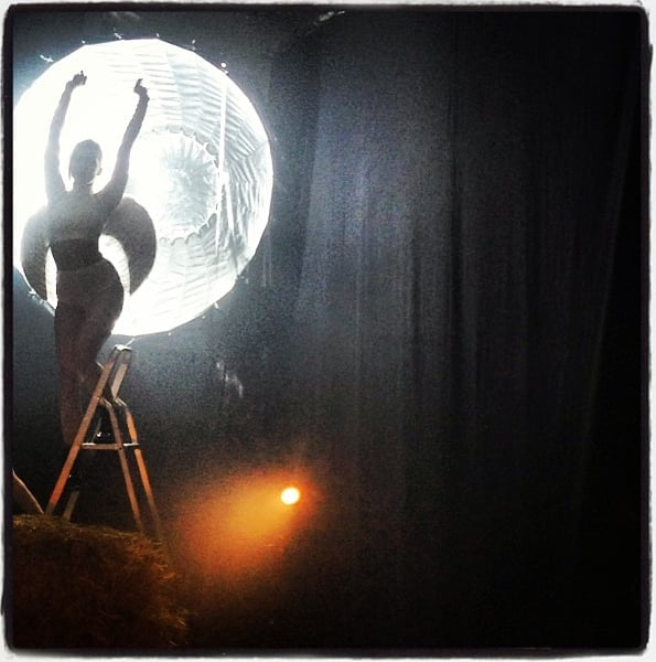 Daisy Lowe had an angelic moment on stage. Source: Instagram user poppydelevingne