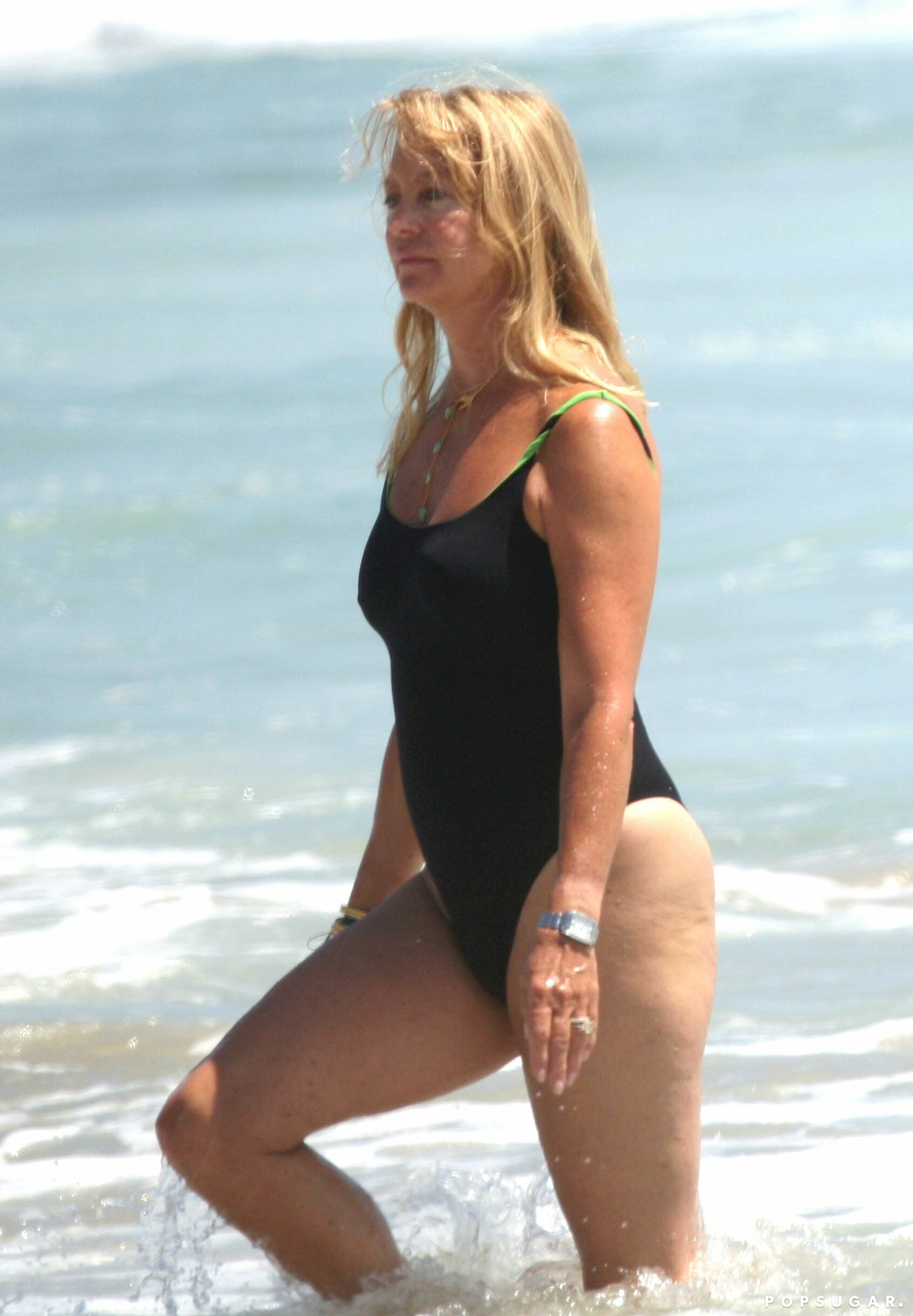 View Goldie Hawn Hot  Pictures
