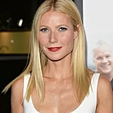 We're used to seeing Gwyneth Paltrow with her typical minimalist approach to beauty, but at the Thanks For Sharing premiere, she stunned us with her bright red lipstick and silvery eye shadow.