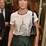 Sandra Bullock parted her hair.