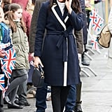 Meghan Markle Work Outfit Idea: A Trench Coat and Skinny Jeans