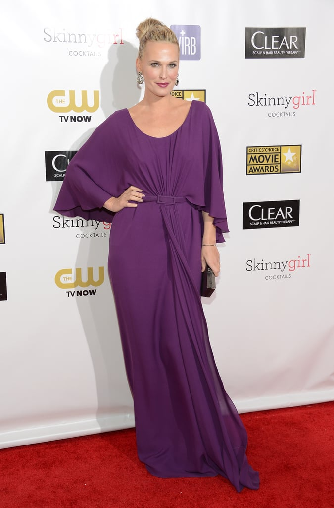 Molly Sims wore a purple gown to hit the red carpet at the Critics' Choice Awards.