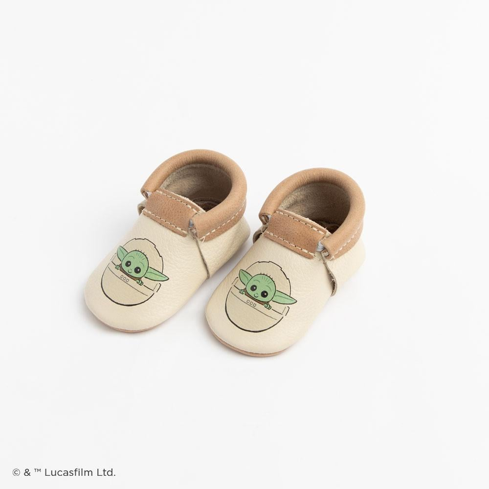Please Stop Whatever You're Doing to Look at These Baby Yoda Kids' Moccasins