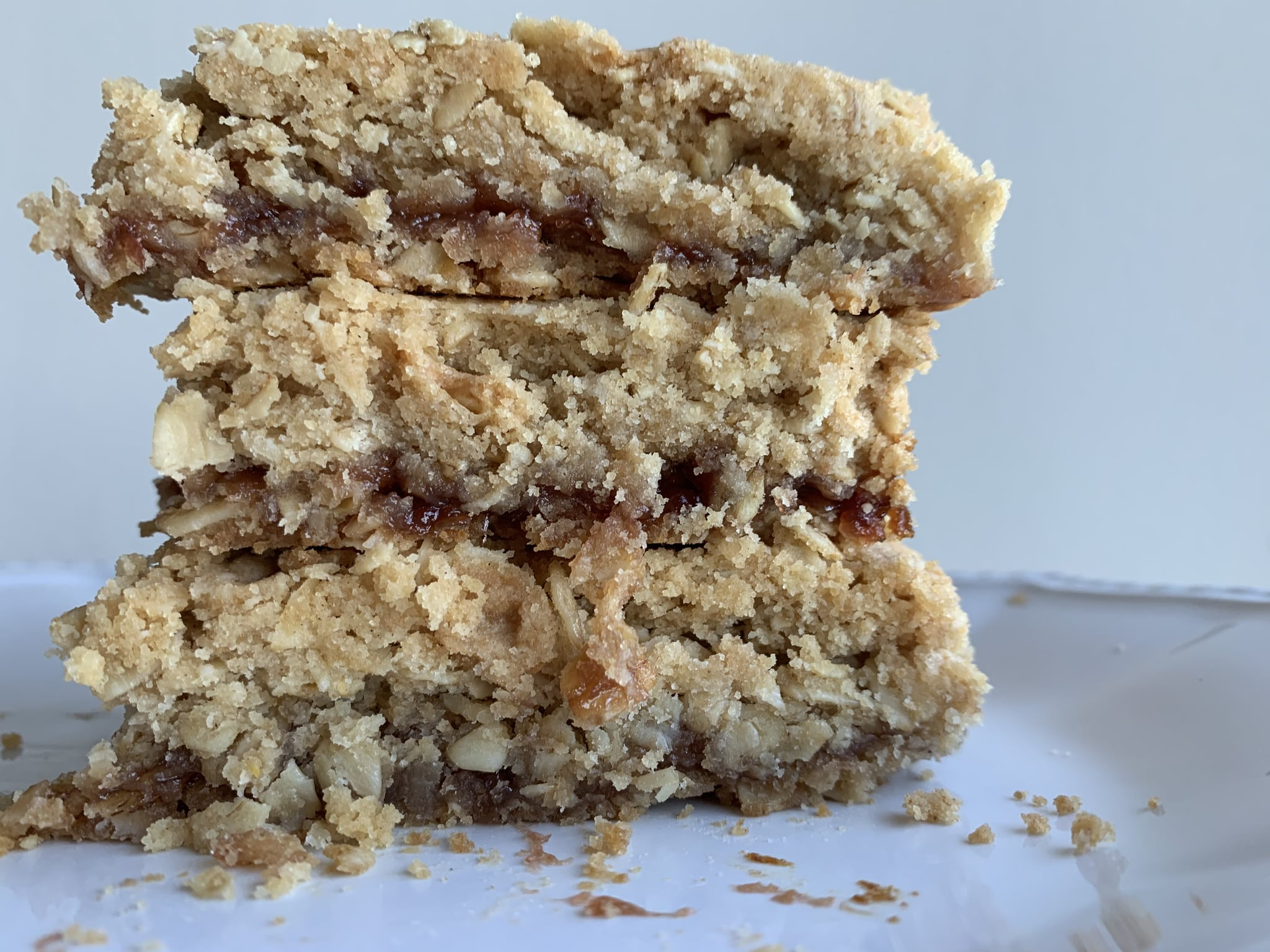 I Bet You Won't Be Able to Eat Just One of These Strawberry Oatmeal Jam Bars — They're THAT Good