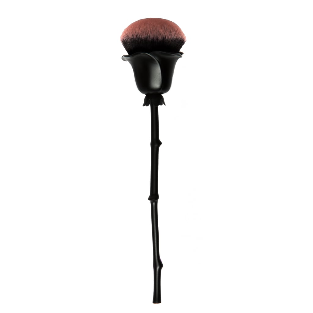 Wet n Wild Rebel Rose Collection Blush Brush
