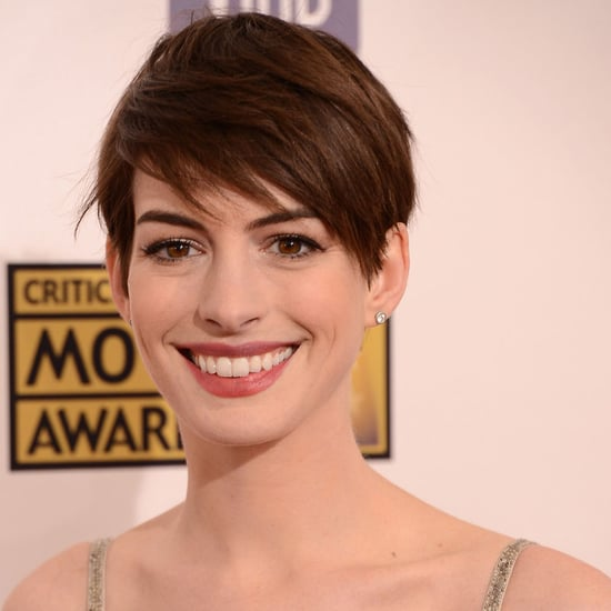 Pictures of Anne Hathaway at the Critics Choice Awards