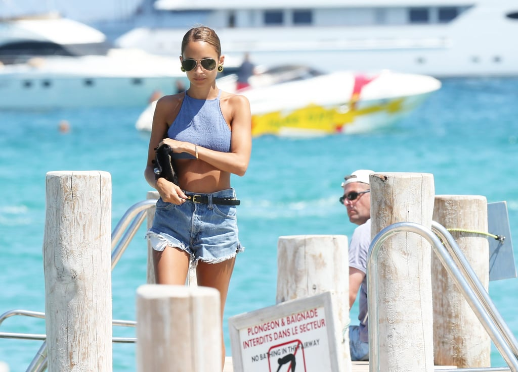Nicole Richie showed off her stomach in a blue crop top in Saint-Tropez.