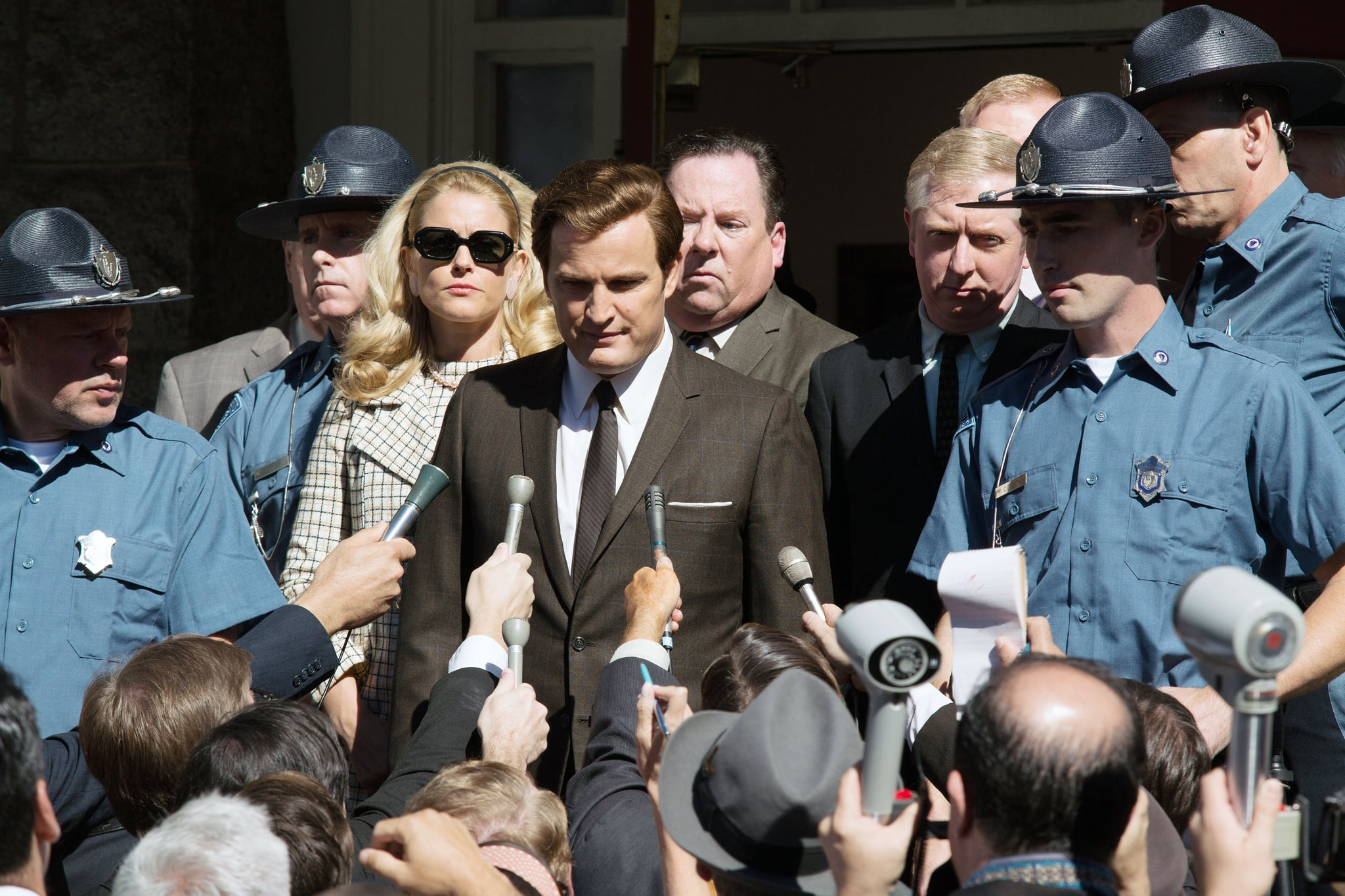 CHAPPAQUIDDICK, centre: Jason Clarke as Ted Kennedy, 2017. ph: Claire Folger/ Entertainment Studios Motion Pictures/courtesy Everett Collection