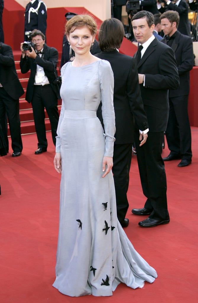 We love the subtle bird print detailing at the hem of Kirsten's pale blue Rochas dress, which she wore for a red-carpet appearance at the 2006 Cannes Film Festival.