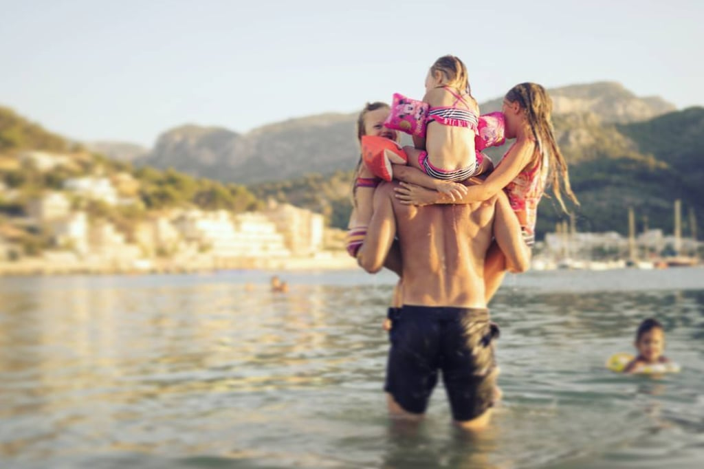 Is there anything more precious than a kid on their dad's shoulders, hanging onto his head or ears, living their best life? We think not. And not to mention, the dads are pretty cute themselves! Because we love little more than adorable pictures of dads and their kids, we found some of the best photos out there of kids on their dads' shoulders in various settings — on the beach, in cities, and on vacation — just for all of our viewing pleasure. SO. MUCH. CUTE.      Related:                                                                                                           These 21 Photos of Dads Wearing Babies Will Leave You a Little Hot Under the Collar