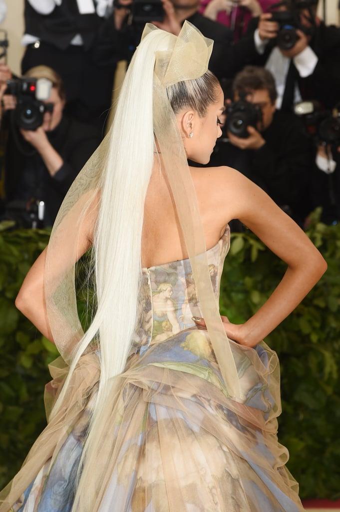 Tyra Banks Gives Ariana Grande Hair Advice on Twitter