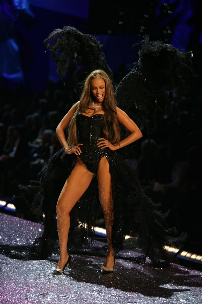Tyra Banks wore huge black crow-like wings in 2005.