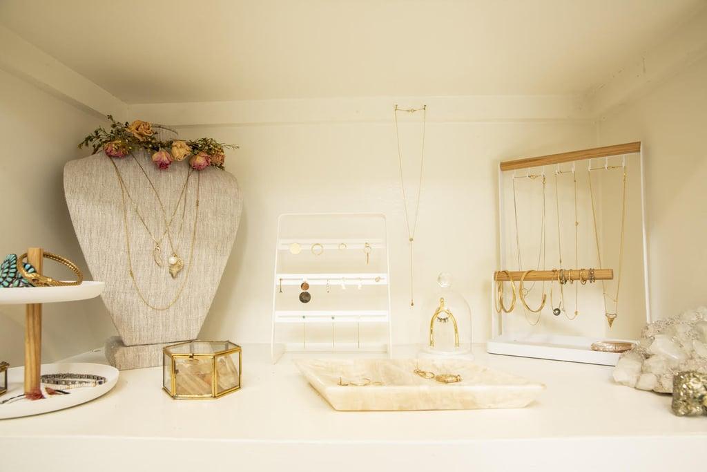 Jewelry Storage Ideas: Use Trays