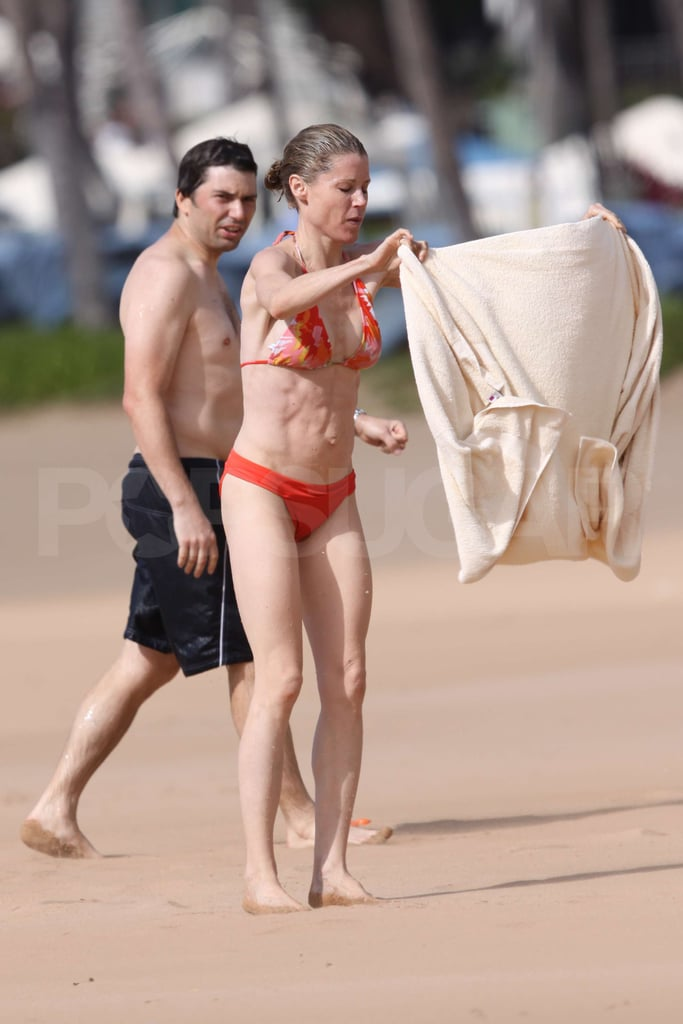 Photos of Modern Family Cast on the Beach | POPSUGAR ...