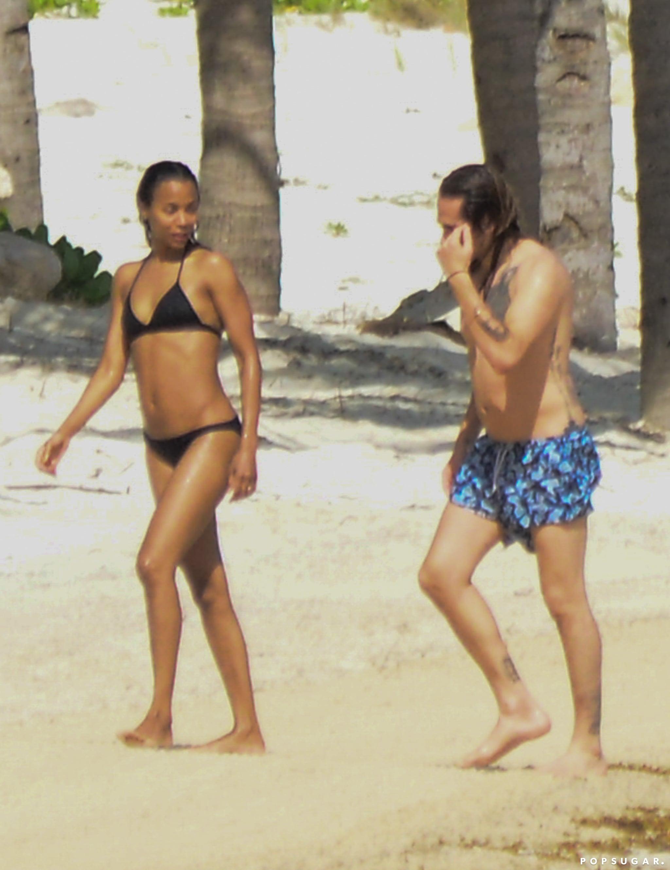 Beach zoe saldana Zoe Saldana