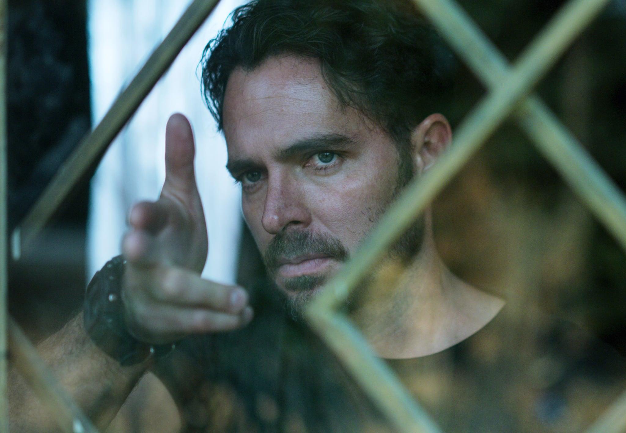 WHO KILLED SARA?, (aka QUIEN MATO A SARA?), Manolo Cardona, 'It Wasn't a Mistake', (Season 1, ep. 101, aired March 25, 2021). photo: Netflix / Courtesy Everett Collection