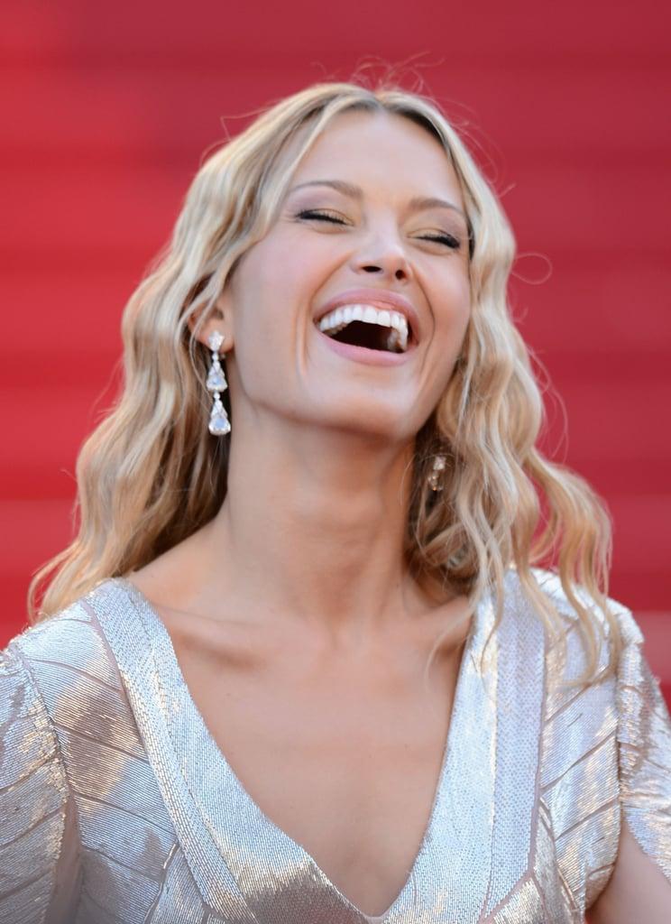 Petra Nemcova wore diamond earrings by Chopard.