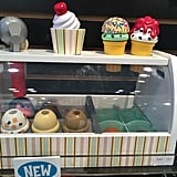Melissa and Doug's Scoop and Serve Ice Cream Counter