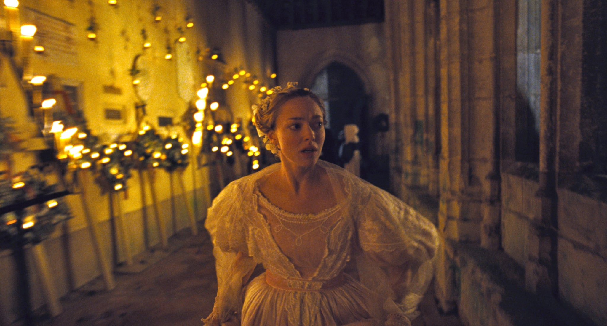 Amanda S Wedding Dress As Cosette In Les Miserables 2012 Amanda Seyfried Already Wore Her Wedding Dress On The Red Carpet Popsugar Fashion Photo 12