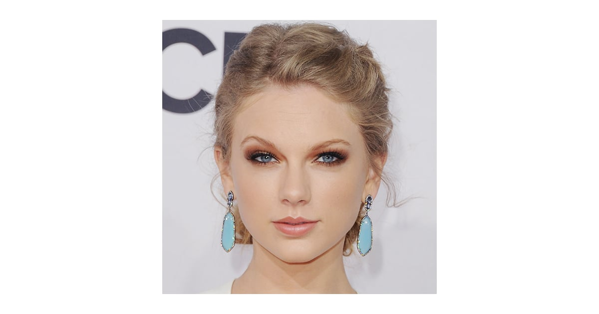 How To Get Taylor Swifts Smoky Eyes Popsugar Beauty