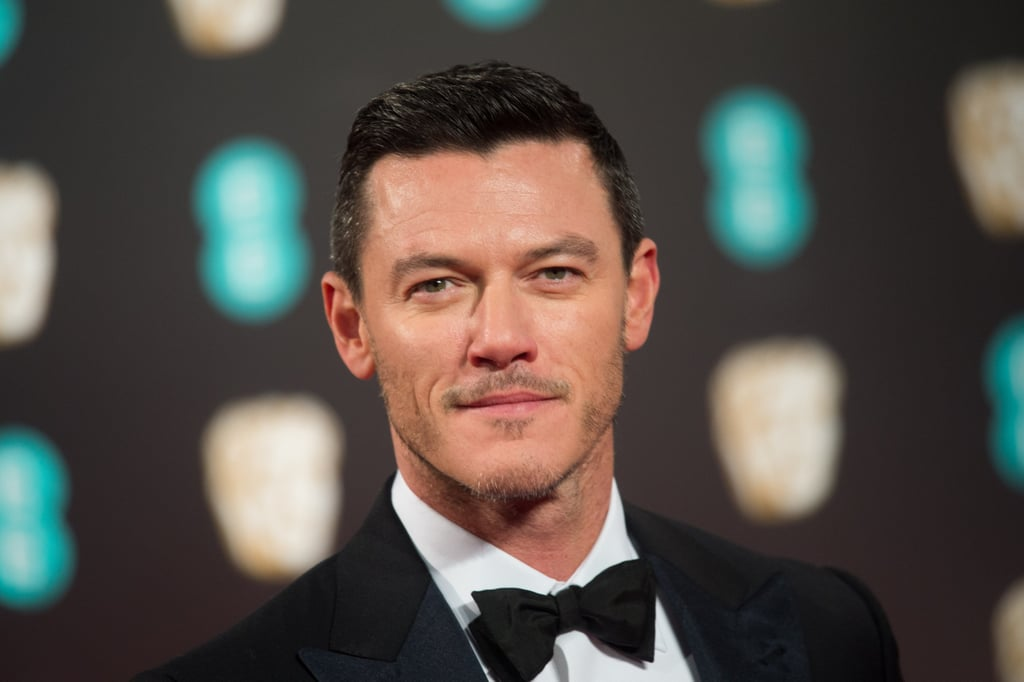 Sexy Pictures of Luke Evans