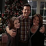 Sean Saves the World Isler, Hayes, and Linda Lavin pose for a family picture.