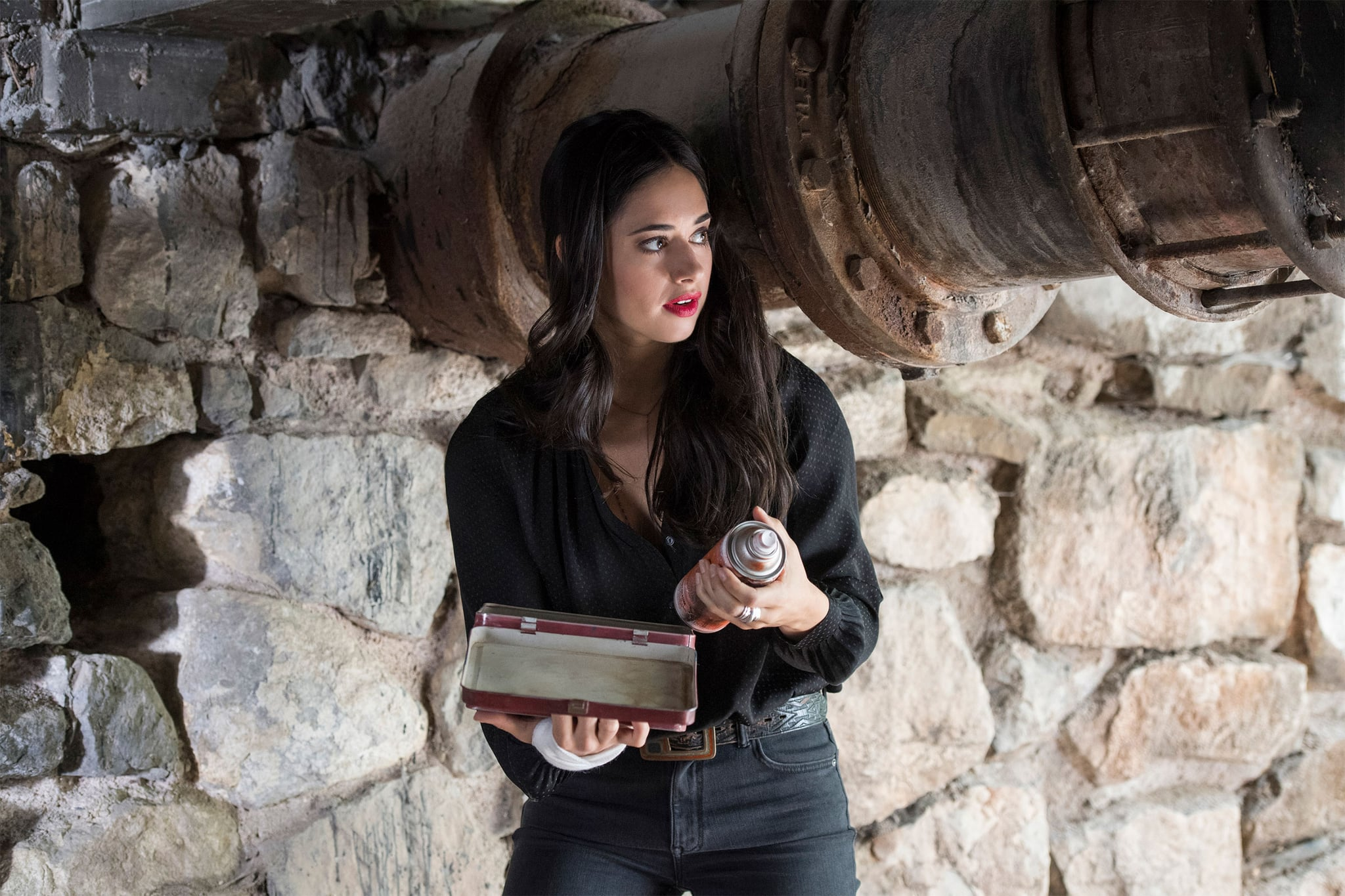 ROSWELL, NEW MEXICO, (aka ROSWELL NEW MEXICO), Jeanine Mason, 'Tearin Up My Heart', (Season 1, ep. 103, aired Jan. 29, 2019). photo: Lewis Jacobs / The CW / Courtesy: Everett Collection