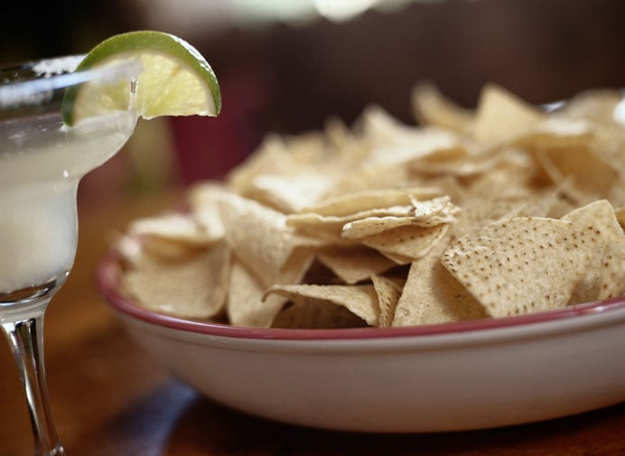 how to eat tortilla chips