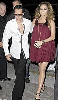 Jennifer Lopez, a very pregnant woman