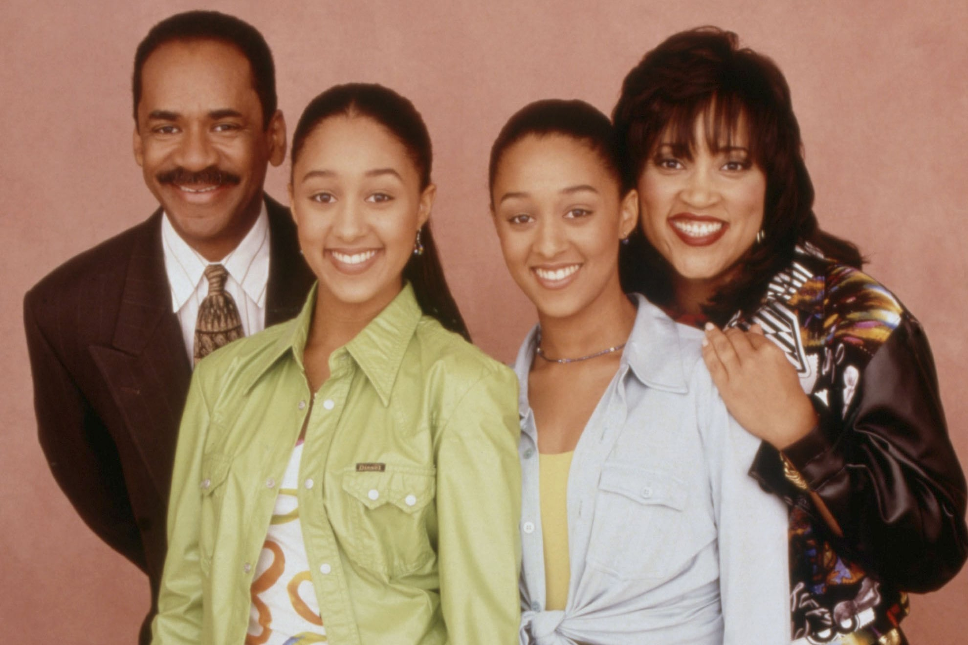 SISTER, SISTER, Tim Reid, Tia Mowry, Tamera Mowry, Jackee Harry, 1994-1999. ©Paramount Television/Courtesy Everett Collection.