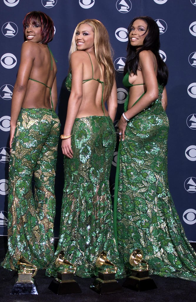Michelle Williams of Destiny's Child flashed some side cleavage during the 2001 Grammys.