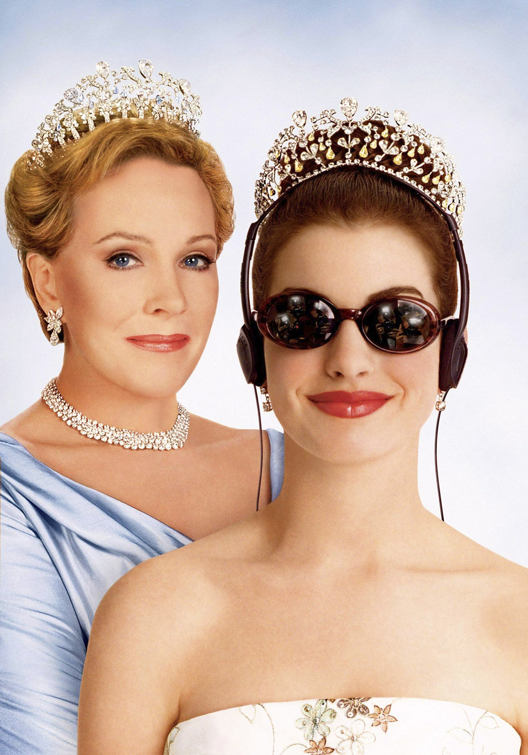 THE PRINCESS DIARIES, Julie Andrews, Anne Hathaway, 2001, (c) Walt Disney/courtesy Everett Collection