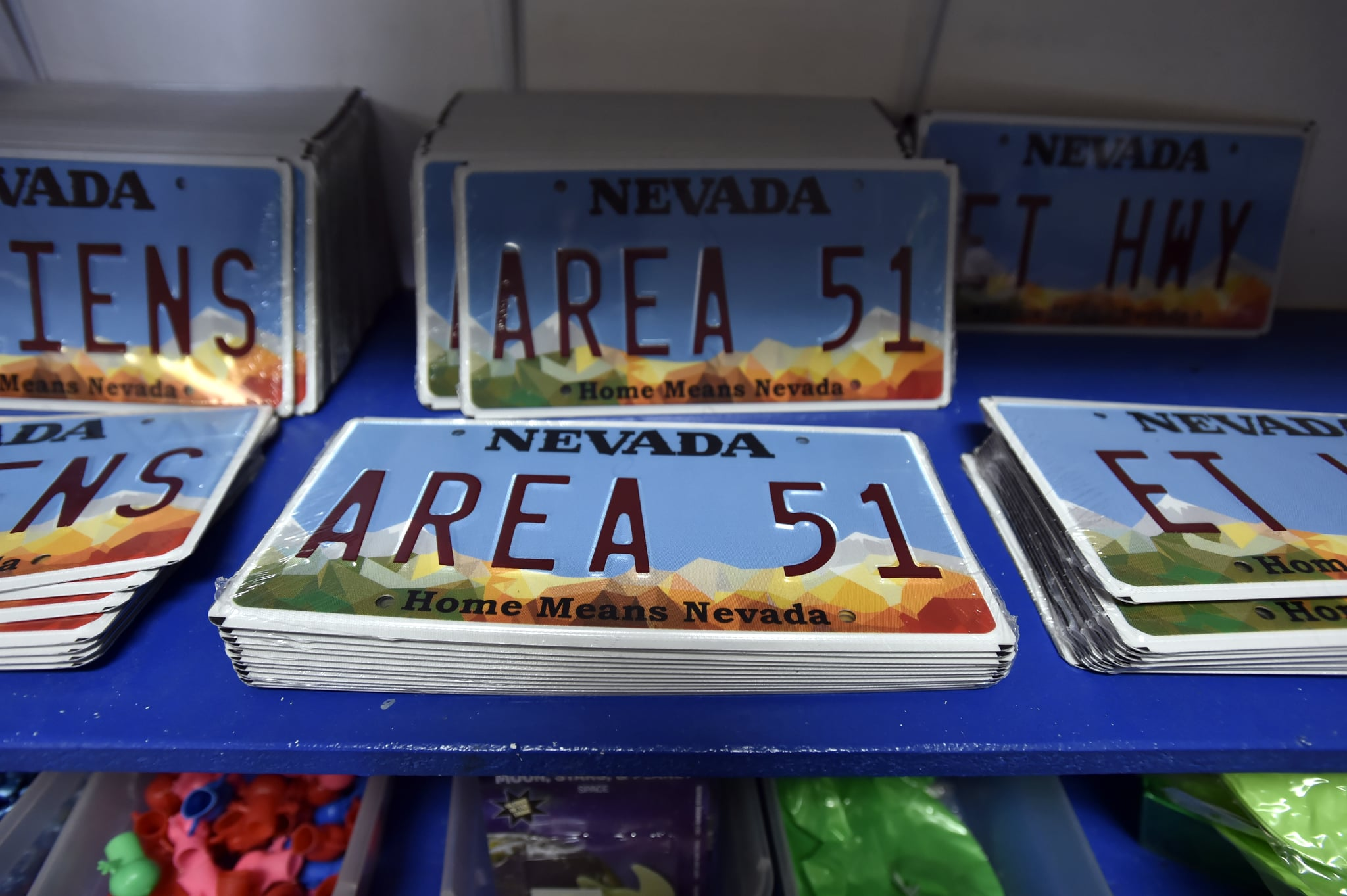 Here's How Netflix's Area 51 Documentary Ties Into the New Facebook Meme