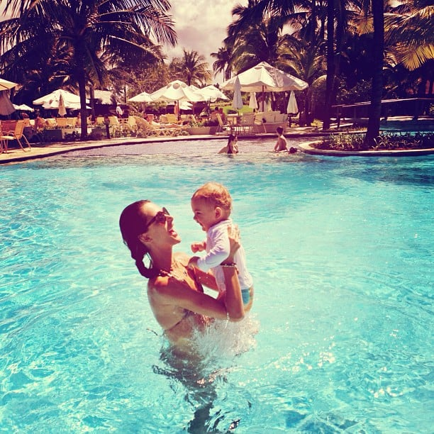 Alessandra Ambrosio had some help making a splash. Source: Instagram user alessandraambrosio