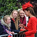 Kate talked with girls before the event.