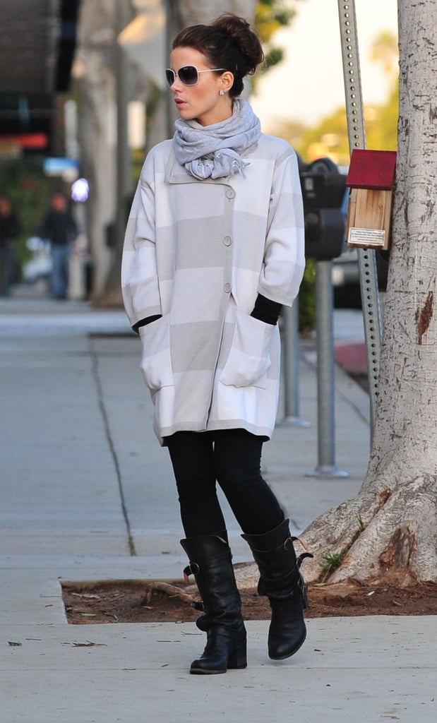 Photos of Kate Beckinsale Shopping for Christmas Tree and Wreath
