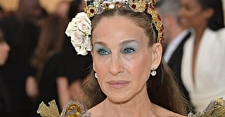 Don't Let That Headpiece Distract You —It's All About Sarah Jessica Parker's Silvery Blue Shadow