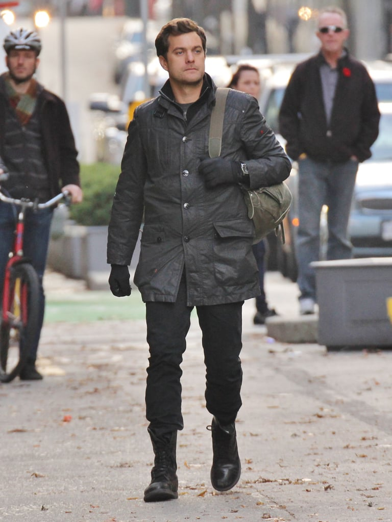 Joshua Jackson filmed a scene for his series, Fringe, in Vancouver.
