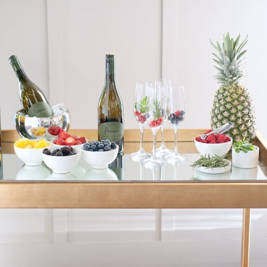 How to Set Up a Prosecco Bar