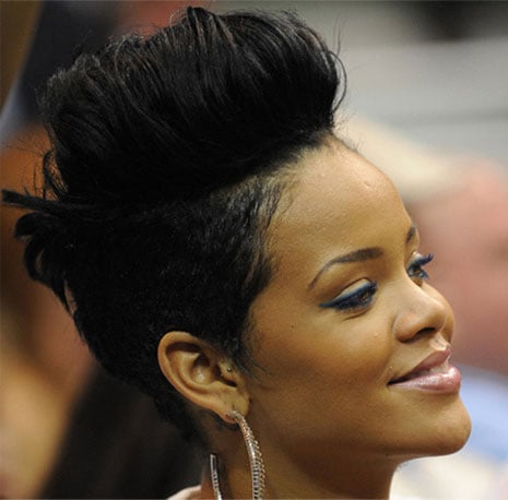 rihanna hair style rihanna 25 gettin big hair that is popsugar 8903
