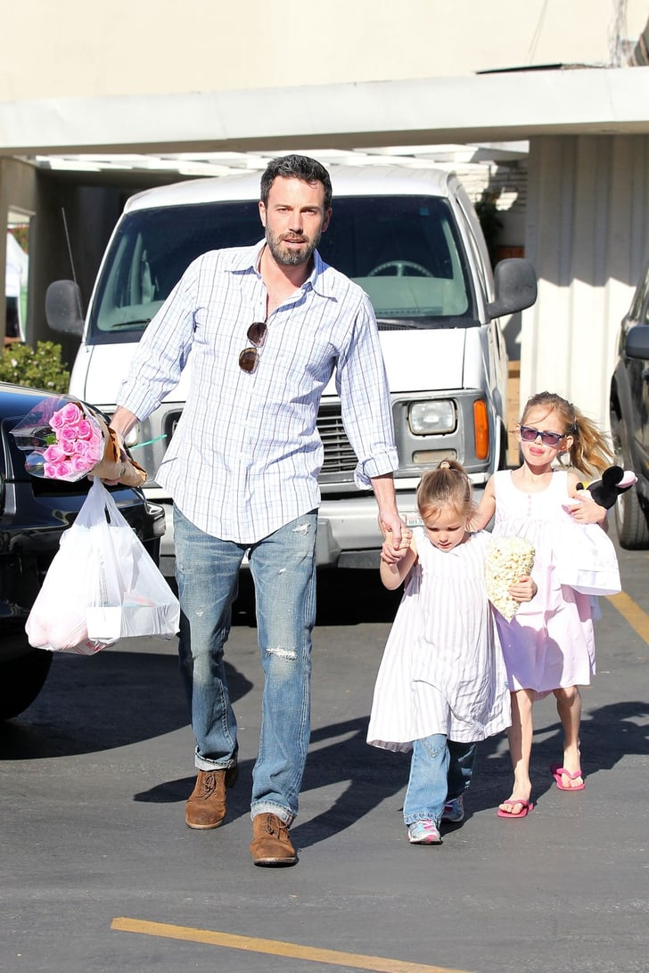 Ben Affleck With Daughters at Farmers Market in LA ...