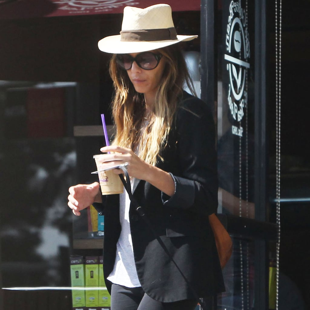 Kate Beckinsale Wearing Panama Hat