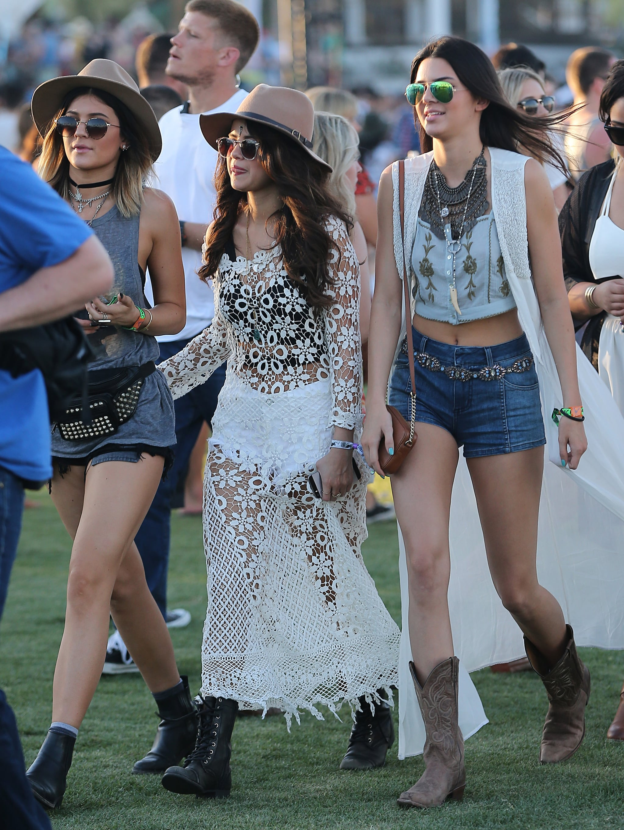 Kylie Jenner, Selena Gomez, and Kendall Jenner stayed close.