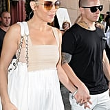 Jennifer Lopez and Casper Smart held hands.